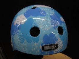 新入荷!nutcase(ナットケース)のヘルメット♪
